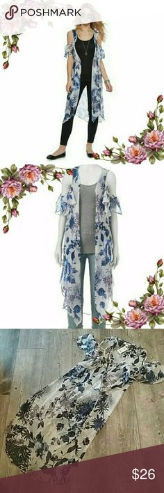 MAKE AN OFFER ;) Cold shoulder kimono. Add a trendy touch to your look with the cold-shoulder styling. PRODUCT FEATURES : floral design; cold-shoulder; styling; semi-sheer fabric. Mudd Tops Tunics
