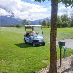 #golf #buggy #Ausblick #golfplatz #mieming #golfrasen #AktivTraubeGolfsmash #aktivhoteltraube #tirol Buggy, Aktiv, Outdoor Furniture, Outdoor Decor, Golf, Photo And Video, Instagram, Home Decor, Interior Design