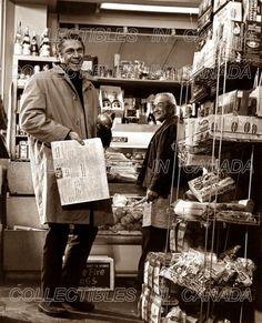 "Oct 1968 Steve McQueen flubs a line in ""Bullitt"". Steve Mcqueen Bullitt, Classic Hollywood, Old Hollywood, Sam Page, Steeve Mcqueen, Steve Mcqueen Style, Steve King, San Francisco, Ivy League Style"