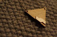 Le chouchou de ma boutique https://www.etsy.com/fr/listing/267641330/collier-orah-triangle-en-bois-facon