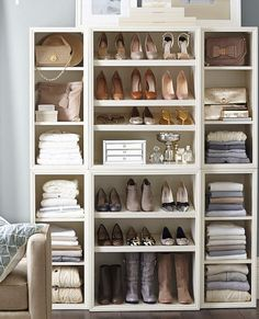 Beautifully organized shelf for closets