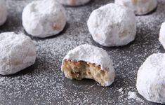 Top 10 Most Delicious Traditional Greek Desserts You Must Try Greek Christmas, Greek Cookies, Greek Desserts, Wedding Cookies, Christmas Cookies, Feta, Bread, Cheese, Baking