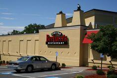 Bertucci's, Newington