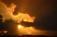 Sun rise on Kauai on Oct 1 2013 Nikon photo by David Daugherty