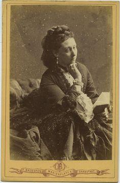 carolathhabsburg:  Grand duchess Alice of Hesse, neé princess of the Uk. Mids 1870s.