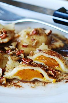 Thanksgiving recipe: Pumpkin ravioli with brown butter sauce and pecans: how to make ravioli from scratch, step-by-step photo tutorial | JuliasAlbum.com | pumpkin pasta recipes, holiday recipes