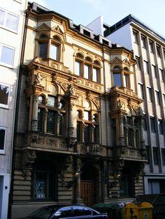 historic facade at Martin-Luther-Platz in Düsseldorf.