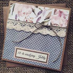 Paper Cards, Folded Cards, Diy Cards, Paper Bag Scrapbook, Scrapbook Cards, Diy Crafts Hacks, Diy And Crafts, Karten Diy, Quilling Craft