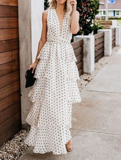 3e50b484ce5c 17 Best Elegant maxi dress images | Formal dress, Long robe, Low cut ...