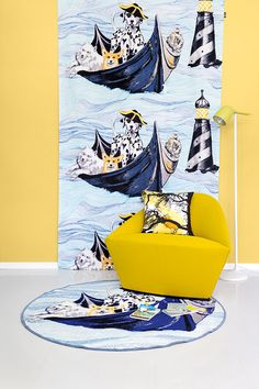 Vallila ja Tikkurila tekevät värikästä yhteistyötä! Vallilan Laivakoirat-verho by Matleena Issakainen, sointuva seinäsävy: Tikkurilan Banaani J302 -sävy. #tikkurilajavallila #tikkurila #maali #vallila #kuosi #lastenhuone #leikki #keltainen #sisustus Yellow Accents, Accent Colors, Walls, Colour, Artwork, Summer, House, Inspiration, Painting