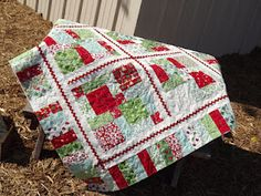 PastThyme Blog--Lacey's HOLIDAY JOY quilt