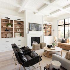 Living Tv, Home Living Room, Living Room Designs, Living Room Decor, Living Spaces, Fireplace Built Ins, Home Fireplace, Fireplace Design, Living Room Inspiration