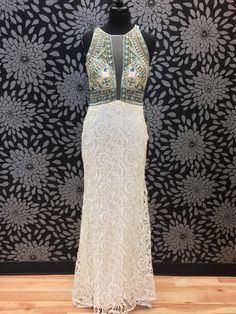 This Dave and Johnny style #1838 is the perfect combination of flirty and sophistication. #prom #formal #killingthegame #shoplocal #thebridalcottage