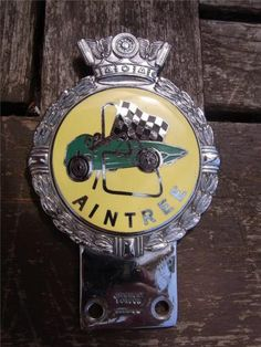 Superb Original J.W GAUNT Car Badge AINTREE CIRCUIT CLUB - Minty condition
