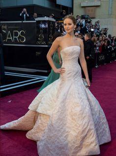 Jennifer Lawrence de Dior, Óscar a mejor actriz y mejor vestida