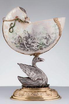 Copa de Nautilus. Augsburgo / Alemania, siglo 17.  Colección Tyssen Bornemisza.