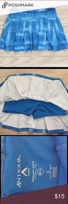 Antigua Golf Skort Like new, worn if once, beautiful fit, can also be worn for tennis and running! Antigua Skirts Mini