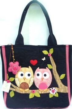 Bags, hats and panama. Discussion on LiveInternet - Russian Service Online Diaries Patchwork Bags, Quilted Bag, Bag Patterns To Sew, Sewing Patterns, Bag Quilt, Sewing Crafts, Sewing Projects, Owl Purse, Owl Bags