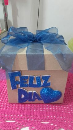 Surprise Box, Ideas Para Fiestas, Disney Drawings, Flower Making, Origami, Diy And Crafts, Projects To Try, Valentines, Handmade