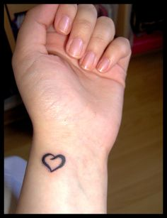 I like this tattoo. Would love it in purple ink on the back of my neck. Simple Heart Tattoos, Simple Tattoos For Women, Wrist Tattoos For Guys, Scripture Tattoos, Android, Make Tattoo, Heart Tattoo Designs, Tattoos With Meaning, New Tattoos