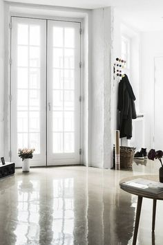 great glossy floor just bounces the light around