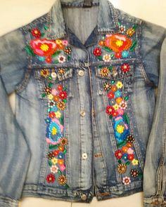 Ateliê Narita  #atelienarita#jaquetas#jeans#bordados#manual#handmade#linha