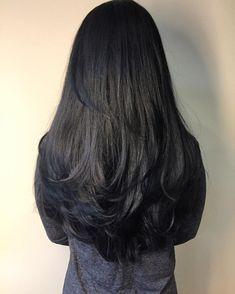 Hairstyles long black hair layered haircuts 66 ideas for 2019 Haircuts For Long Hair With Layers, Long Layered Haircuts, Long Hair Cuts, Straight Hairstyles, Cool Hairstyles, Black Hairstyles, Long Layer Hair, Trending Hairstyles, Long Thick Layered Hair