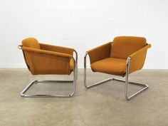 Vintage Modern Chrome Cantilevered Sling by MadsenModern