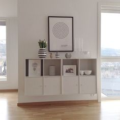 Good for the blank wall Interior Design Living Room, Living Room Decor, Style Salon, Casa Patio, Casa Clean, Scandi Home, Sweet Home Alabama, Decoration Design, Ikea Furniture