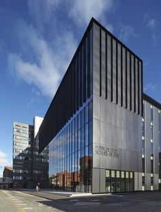 © Hufton + Crow gave a new face to Manchester School of Art - now openly connected to the Manchester School of Architecture at Chatham Building ... very nice to know my Faculty still getting pretty... http://manchesterhistory.net/manchester/tours/tour8/area8Apage7.html