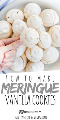 meringue cookies Vanilla Meringue Cookies recipe that will have these cookies perfectly melting in your mouth. Plus how to make them perfect with just a few easy and simple tips. via veggiebalance Vanilla Meringue Cookies Recipe, Merangue Recipe, Best Meringue Recipe, Baked Meringue, Meringue Desserts, Brownie Cookies, Chocolate Chip Cookies, Chocolate Meringue Cookies, Gluten Free Cookies