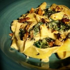 Krämig citronpasta med valnötter och spenat - Mitt kök