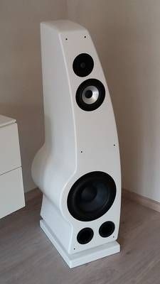Tower Speakers, Music Speakers, Audio Design, Speaker Design, Audiophile Speakers, High End Audio, Apple Tv, Box, Vintage