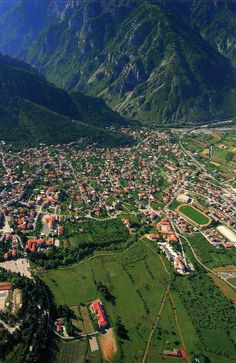 Konitsa in Epirus, Greece Places Around The World, Travel Around The World, Around The Worlds, Beautiful Islands, Beautiful Places, Albania, Myconos, Thessaloniki, Greece Travel