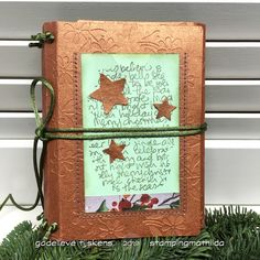 Made this wrapped journal for the Holidays. For the cover I used heavy weight embossed copper cardstock from my stash. Een wrapped j. Altered Books Pages, Book Pages, Door Texture, Embossed Paper, Green Paper, Christmas Paper, Travelers Notebook, Tim Holtz, Card Stock