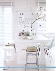 Home ♥ Vtwonen  De lamp is al in mijn bezit, nu nog een mooie witte tafel en de eames stoelen!