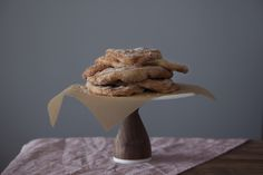 Beaver Tails: Classic Canadian Fair Food (No Real Beavers Involved) Beaver Tails, No Sugar Foods, Food 52, Family Meals, Sweet Recipes, Vegetarian Recipes, Sweet Treats, Easy Meals, Snacks