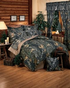 Mossy Oak New Break Up Gray Camo Bedding is for those who are a Mossy Oak fan or prefer a realistic 3D hardwoods, forest looking camouflage pattern for relaxing comfort just like sleeping in the woods.