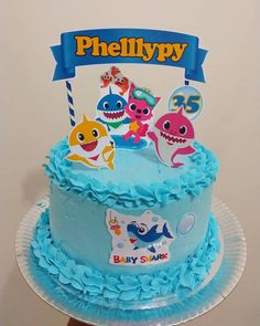 Inspire sua Festa ® | Blog sobre festas e maternidade Shark Cupcakes, Shark Cake, Shark Birthday Cakes, Baby Boy 1st Birthday, Bolo Mickey Baby, Diy Cake Topper, Baby Shark, Baby Party, Cake Designs
