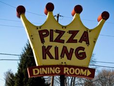 Pizza King - Muncie, Indiana ate here many many times in college Pizza King, Muncie Indiana, Indiana Girl, Kids Growing Up, Back Home, Childhood Memories, Nostalgia, Food And Drink, College