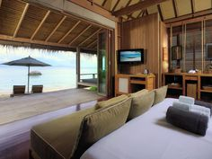 THB Haadtien Resort is a boutique resort on a secluded beach on Koh Tao Island. Beach Resorts, Hotels And Resorts, Boutique Spa, Beste Hotels, Secluded Beach, Beach Villa, Resort Villa, Luxury Spa, Koh Tao