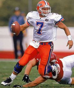 Greatest College Football Players By Numbers - Danny Wuerffel, QB for the Florida Gators College Football Uniforms, College Football Players, American Football Players, Nfl Football, Football Helmets, Baseball, College Sport, Florida Gators Football, Florida Girl