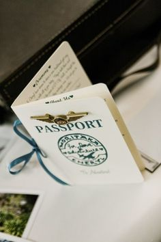 Plane Ticket Invitations, Passport Programs, and Luggage Tag Escort Cards - Português