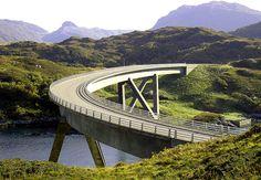Half circle bridge