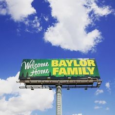 This is the sign that greets you as you exit off of I-35 and roll into the Baylor campus! #SicEm