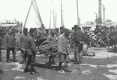 yaralıların Çanakkale'den #İstanbul'a getirilişi... (1915) #istanlook