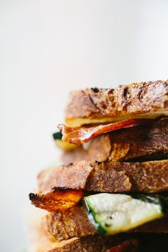 """foodierecipes2016: """"yummyinmytumbly: """"GRILLED CHEESE WITH ZUCCHINI, BACON, BASIL AND GRUYERE """" Get a FREE $250 Gift Card!"""""""
