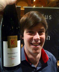 Grüner Veltliner Julius Klein, Weinviertel Bottle, Drinks, Wine, Drinking, Beverages, Flask, Drink, Beverage, Jars