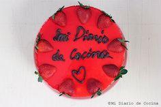 Mi Diario de Cocina   Torta de yogurt, receta con el paso a paso  http://www.midiariodecocina.com