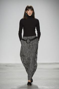 Look from the Marimekko Fall/Winter 2016 presentation at Palais de Tokyo in… Marimekko, Only Fashion, Fashion News, Womens Fashion, Crazy Outfits, Casual Outfits, Dress For Success, Japanese Fashion, Style Me